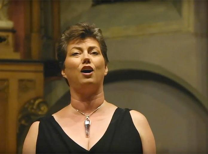 """Ellen zingt """"Im Treibhaus"""" (Richard Wagner)piano: Margaret SingerSlotconcert Neil Semer Vocal Institute16 augustus 2016 – Aub Germany"""